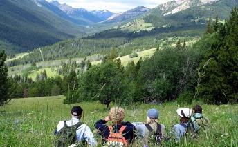 CMHT route-Hikers overlooking Gun Creek